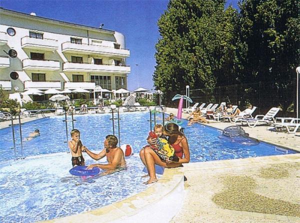 Location de vacances avec piscine la rochelle for Piscine a la rochelle
